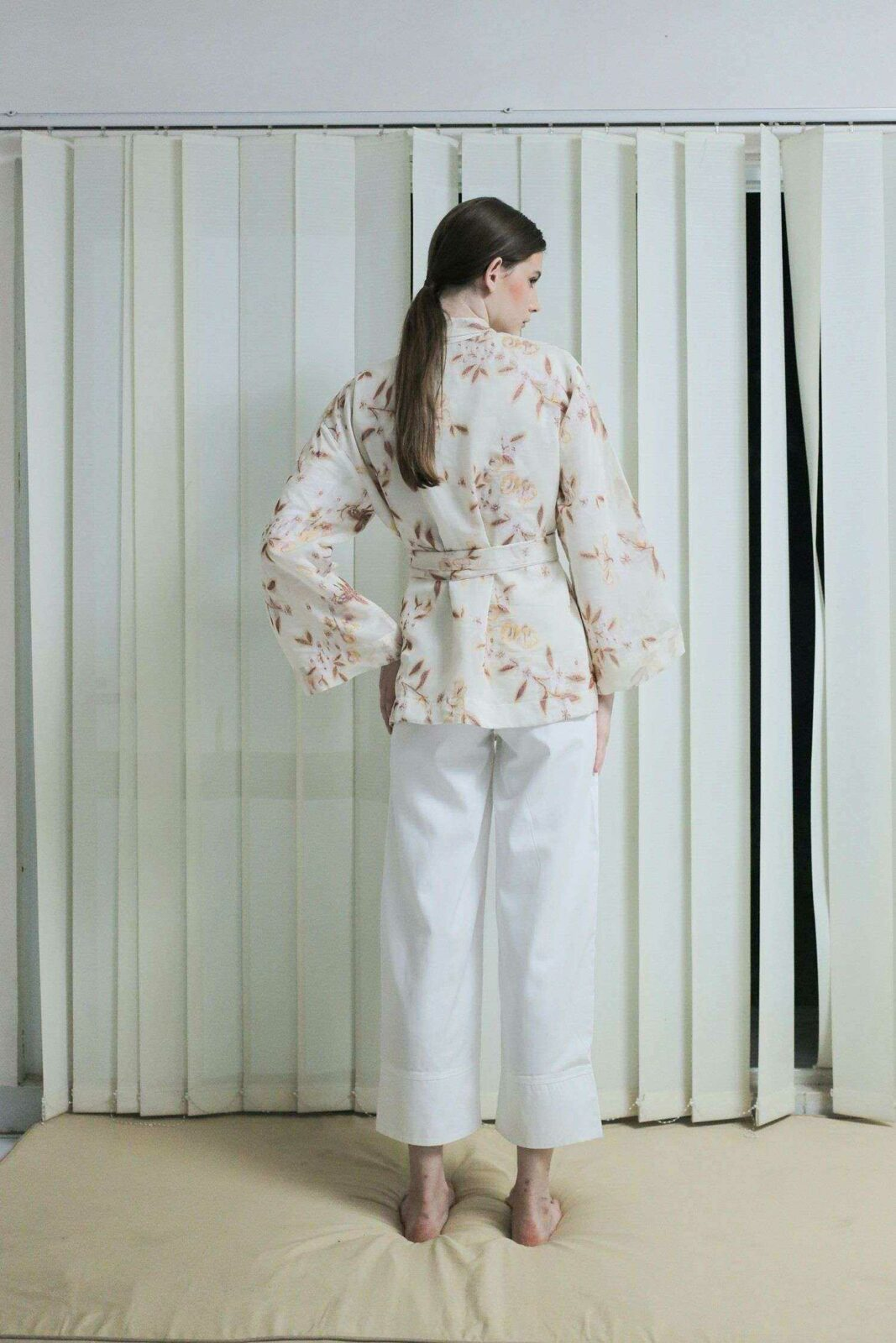 Kino Outer Floral White EESOME